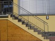 Geländer, außen aus Edelstahl